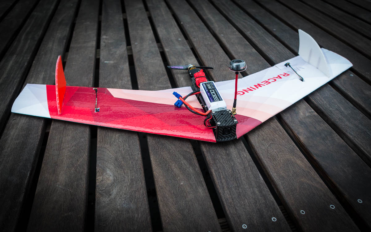 MiniRaceWing | The crash resistant FPV race wing