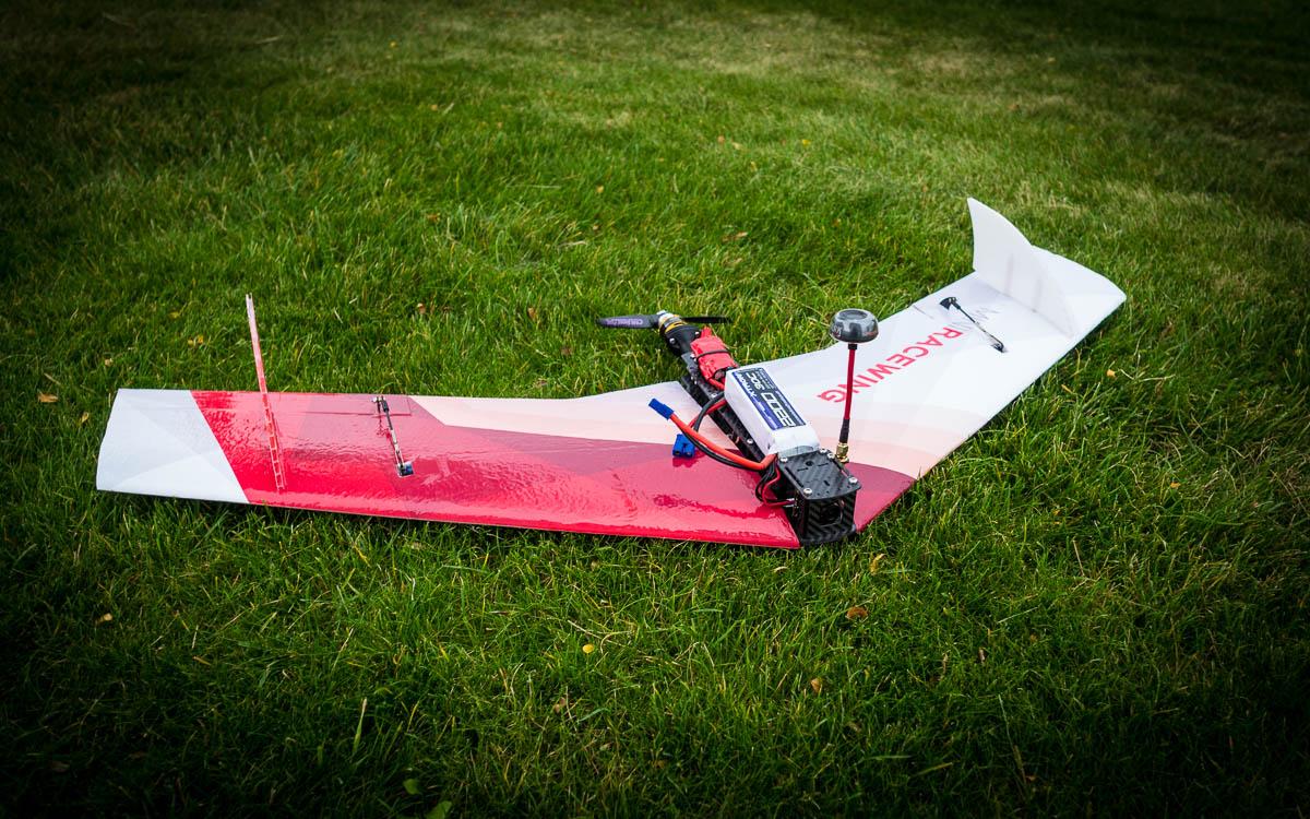 MiniRaceWing   The crash resistant FPV race wing