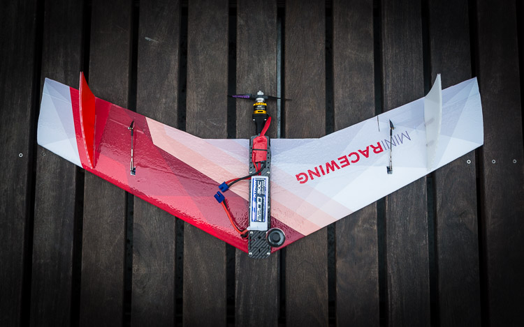 MiniRaceWing - The crash resistant FPV race wing